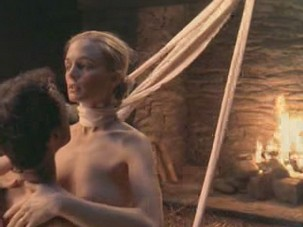 Four unedited sex scenes from movie Killing Me Softly with Heather Graham from Celebs Video Archive
