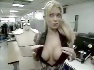 noted porn star jenna jameson shows off